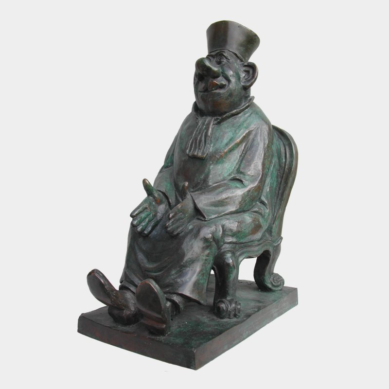 sculpture Bronze Seated lawyer